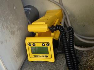 非破壊シロアリ探知機を用いた点検調査
