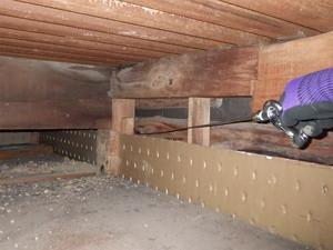 天井裏からの壁内処理