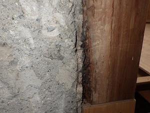 浴室入口枠の被害